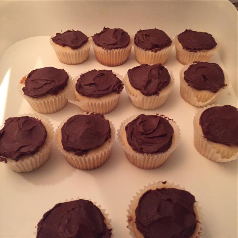 Coconut Cupcakes with Milk ChocolateGanache